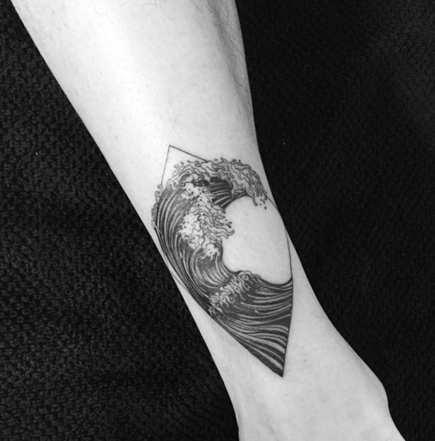 tatouage wave