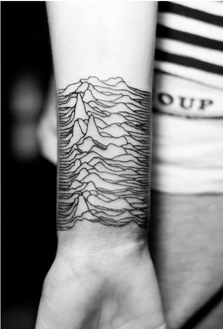 TATOUAGE VAGUE
