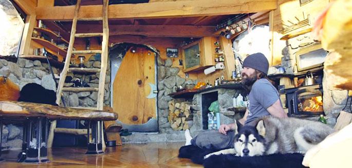 La l gende du snowboard mike basich construit la maison de - Sublime maison blanche de la plage en californie ...