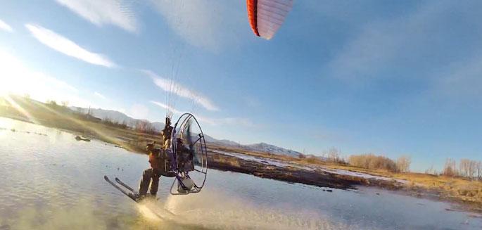 gopro session paramoteur ski sur une source d eau chaude. Black Bedroom Furniture Sets. Home Design Ideas