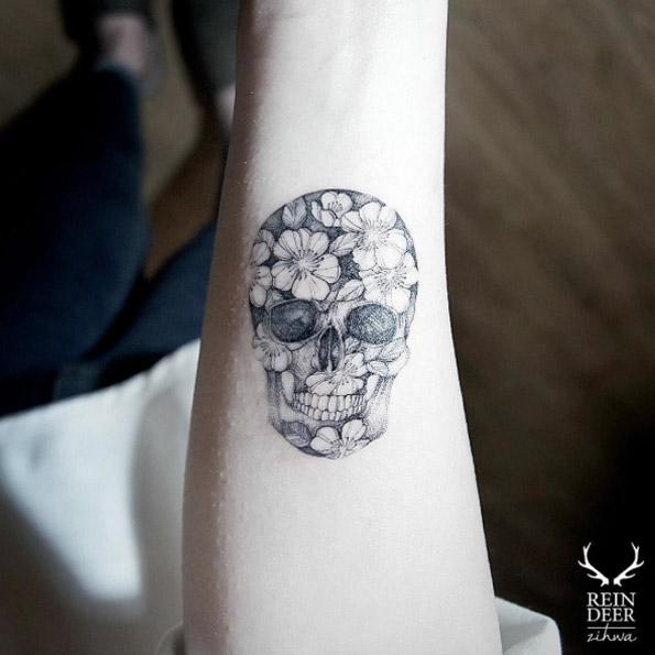 skull-tattoos-fleurs