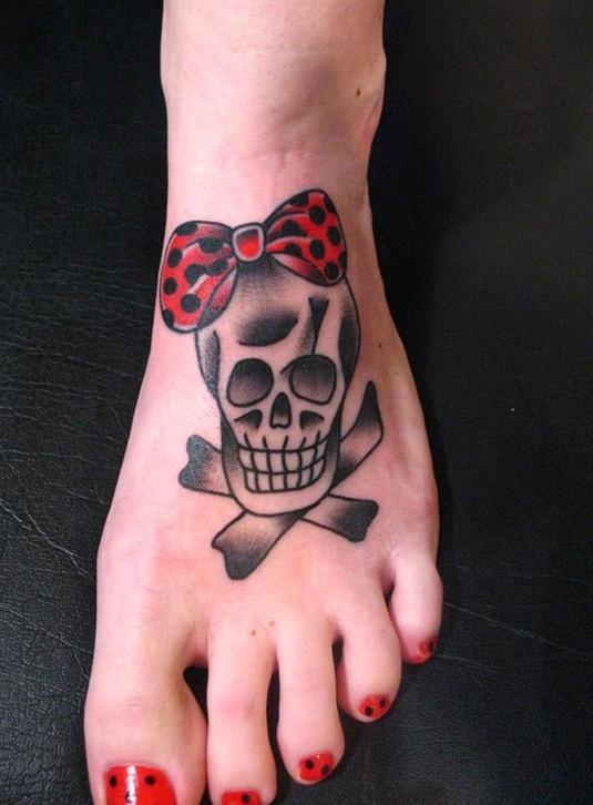 skull-tattoos-noeud
