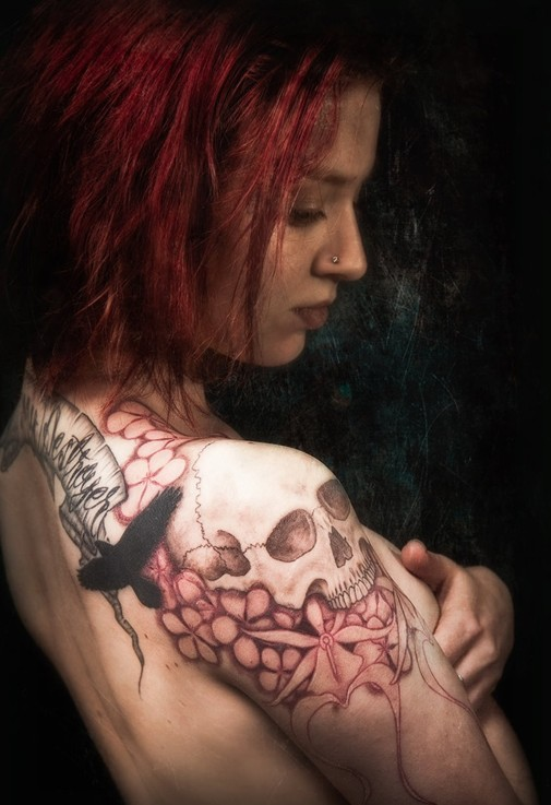 skull-tattoos-red-hair