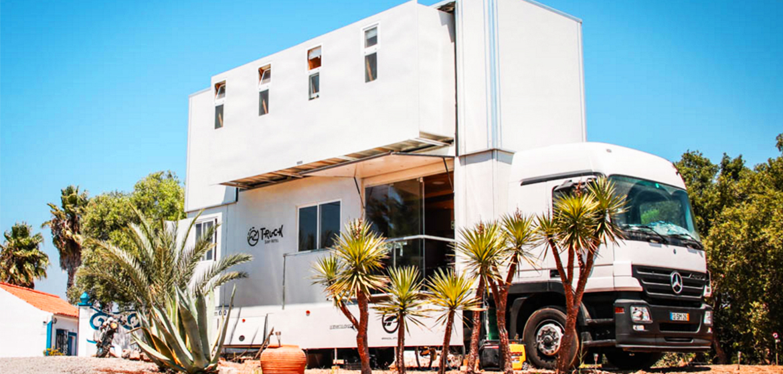 truck surf hotel dormir tout confort juste en face de vos spots pr f r s. Black Bedroom Furniture Sets. Home Design Ideas